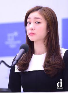 김연아 - Google 검색