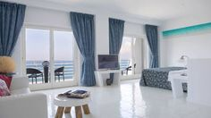 Hotel Miramare Stabia Castellammare di Stabia With its seafront position in Castellamare di Stabia, Hotel Miramare Stabia offers modern rooms with partial or full sea views. This hotel features a restaurant, free WiFi throughout, a snack bar, and an outdoor pool.