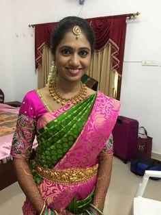 . Indian Silk Sarees, Soft Silk Sarees, Indian Jewellery Design, Bridal Jewellery, Gold Jewellery, South Indian Bride, Indian Bridal, Saree Wedding, Wedding Wear