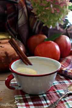 Recipe; Cinnamon spice apple tea latte