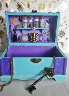 Witches table and Tarot Crystal Keepsake box Tarot, Ouija, Wiccan Decor, Painted Wooden Boxes, Altar Cloth, Spirit Quartz, Altered Boxes, Book Of Shadows, Keepsake Boxes