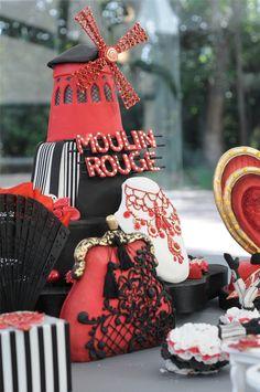 Moulin Rouge - Pastel, torta, cake -  porcelana fria por la artista española Eva Benavente para Celebraciones en Familia