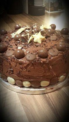 A chocolatetastic thank you cake :)