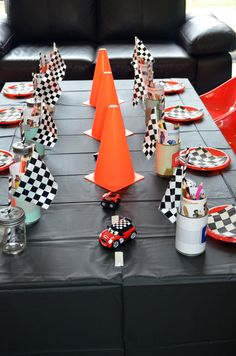 "Photo 1 of Race Cars / Birthday ""Vintage Racing Car Party"" Race Party, Festa Nascar, Hot Wheels Party, Festa Hot Wheels, Hot Wheels Birthday, Race Car Birthday, 3rd Birthday, Birthday Ideas, Ideas Party"