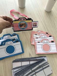 paparazzo- Paparazzo Toddynho's box - - Top Trends Summer Crafts, Preschool Crafts, Diy Crafts For Kids, Fun Crafts, Paper Crafts, Toddler Crafts, Toddler Activities, Preschool Activities, Geography Activities