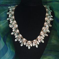 Breathtaking necklace. NEW and gorgeous. Breathtaking necklace. NEW and gorgeous. Foreign Exchange Jewelry Necklaces