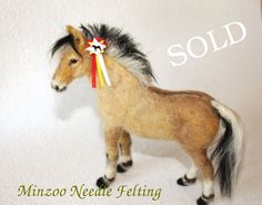 Needle felting horse Fjord pony one of a von MinzooNeedleFelting
