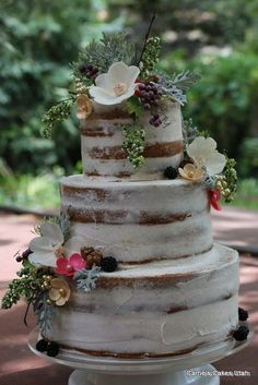 Rustic naked wedding cake; via Carrie's Cakes