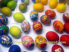 Πασχαλινά αυγά - πως τα βάφουμε με φυσικές βαφές ή του εμπορίου - από «Τα φαγητά της γιαγιάς» Easter Eggs, Food And Drink, Blog, Easter