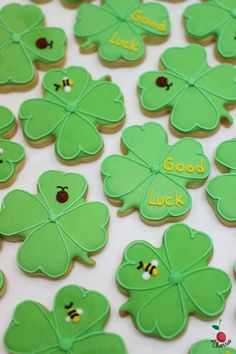 Clover cookies, a good choice as farewell treat for colleagues