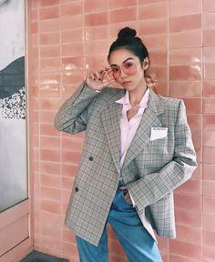 """Mi piace"": 911, commenti: 12 - YOYO CAO (@yoyokulala) su Instagram: ""Feeling retro, feeling pink @reveeyewear"""