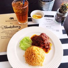 Good morning! #beatthemondayblues with our lunch sets available from 12pm-2pm! See you!