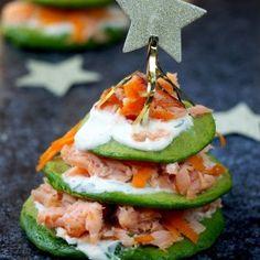 Feestelijke appel carpaccio | Flying Foodie Salmon Burgers, Sushi, Foodies, Ethnic Recipes, Pistachio, Salmon Patties, Sushi Rolls