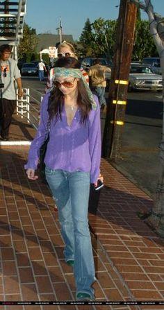 Nicole Richie by Heather Hoffman Fall Fashion Trends, Spring Fashion, Autumn Fashion, Fashion Bloggers, Fashion Tips, Petite Fashion, Curvy Fashion, Style Fashion, Bell Bottom Pants