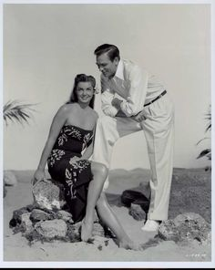 Howard Keel and Esther Williams - Pagan Love Song