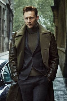 Tom Hiddleston is my definition of a gentleman. Photo by Tomo Brejc Sharp Dressed Man, Well Dressed Men, Hommes Sexy, Looks Style, Beautiful Men, Sexy Men, Men Dress, Dress Pants, Ideias Fashion