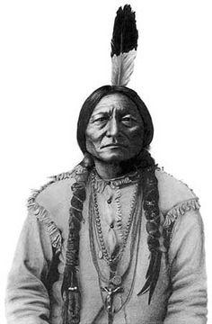 Native American Dress, Native American Photos, Native American History, Native American Indians, American Art, Cross Tattoo Designs, Sitting Bull, Black Indians, Native Indian
