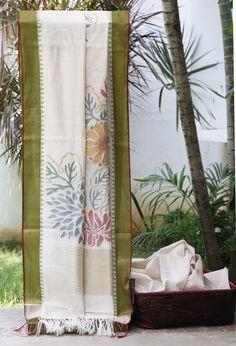 Lakshmi Handwoven Khadi Silk Sari 000001 - Sari / Khadi - Parisera