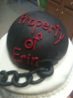 Ol' ball n' chain cake... great grooms cake or bachelor party cake