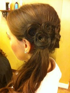 Rolled flowers - hair updo