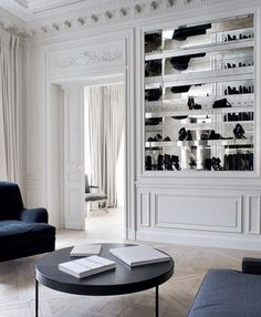 Balmain store in Paris 📷 by others via . Design by Modern French Interiors, Beautiful Interiors, Modern Interior Design, Interior Architecture, Simple Interior, Paris Apartments, French Decor, Classic House, House Rooms