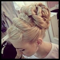 We've gathered our favorite ideas for 8 Romantic French Braided Hairstyles For Long Hair You, Explore our list of popular images of 8 Romantic French Braided Hairstyles For Long Hair You in french braid hairstyles for long hair. French Braid Hairstyles, Up Hairstyles, Pretty Hairstyles, Wedding Hairstyles, French Braids, Wedding Updo, Chic Wedding, Russian Hairstyles, Grecian Hairstyles