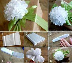 Bloemen maken van papieren zakdoekjes. Zakdoekje open vouwen, trapje vouwen, randjes rondknippen, bij elkaar binden en dan open vouwen. http://www.33shadesofgreen.com/2012/06/tissue-paper-flower-tutorial.html