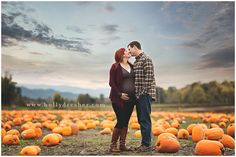 Maternity photo shoot at the pumpkin patch