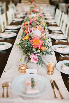 coral charm peony centerpieces - photo by Julie Harmsen Photography http://ruffledblog.com/romantic-big-island-hawaii-wedding #tablescape