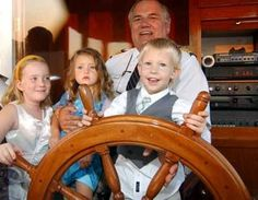 Family tours and charters aboard the Lake Geneva Cruise Line excursion boats!