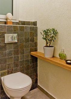 Bachelor's apartment modern-bathroom