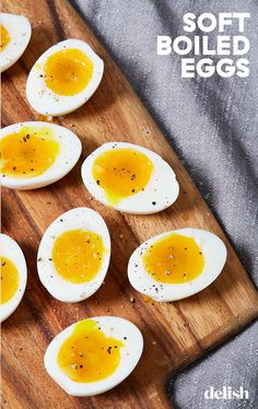 Soft boiled eggs are one of life's simplest pleasures—here's how to make the best one possible. Brunch Recipes, Breakfast Recipes, Breakfast Ideas, Dinner Recipes, Substitute For Egg, Soft Boiled Eggs, Dessert Drinks, Desserts, Low Carb Breakfast