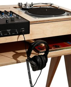 """The DJ Stand See the """"battle style"""" DJ stand that draws the eye while dispensing beats: birch & solid walnut make for stunning looks and durability. Dj Equipment For Sale, Turntable Setup, Dj Table, Tables, Dj Stand, Petite Console, Dj Setup, Studio Desk, Vinyl Storage"""
