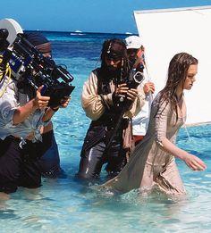 35 fotos íntimas de Johnny Depp detrás de cámaras