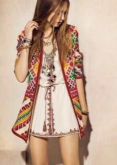 chic bohemian boho style hippy hippie chic bohème vibe gypsy fashion indie folk the . ╰☆╮╰☆╮Boho chic bohemian boho style hippy hippie chic bohème vibe gypsy fashion indie folk the . Look Hippie Chic, Look Boho, Hippie Style, Hippie Boho, Bohemian Style, Hippie Masa, 70s Hippie, Vintage Bohemian, Fashion Mode
