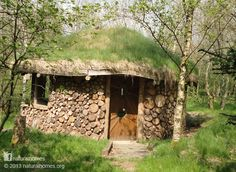 This is the cordwood roundhouse at Denmark Farm in Wales, sitting in their 40 acre nature reserve where they run all sorts of courses. The roundhouse was built in 2008 by Tony Wrench leading a collection of over 60 volunteers. Read more and watch a video of the roundhouse being built on www.naturalhomes.org