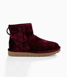13 Cute Ways to Style Your Uggs This Winter via  WhoWhatWearUK Ugg Boots  Outfit f9ce90b5b