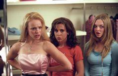 Mean Girls (2003) - Movie Stills - Lacey Chabert, Amanda Seyfried, Rachel McAdams #meangirls