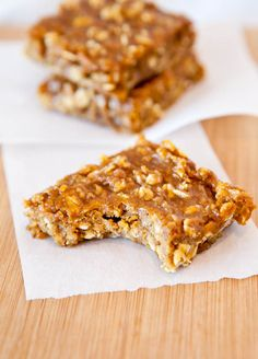 Pumpkin Peanut Butter Oatmeal Bars - Dense, chewy, hearty and perfect for fall! Fast, easy, no mixer recipe that everyone loves!!