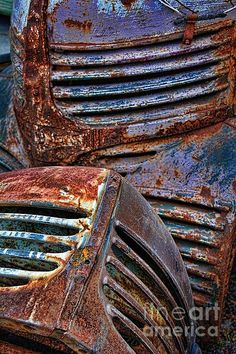 Title Rusty Old Car Grilles Artist Henry Kowalski Medium Photograph - Patina Style, Rust Never Sleeps, Pompe A Essence, Rust In Peace, Rusty Cars, Rustic Blue, Contemporary Abstract Art, Macro Photography, Old Cars