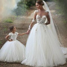 madre e hija vestidas igual fiesta - Buscar con Google