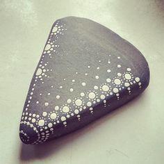 #stone #mandalastones #black #white #dots #stoneart #rockpainting #beautiful_stones