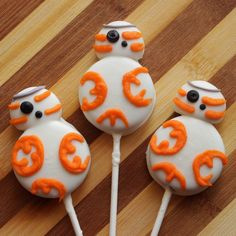 Adorable BB-8 Star Wars Cookie Pops Recipe!