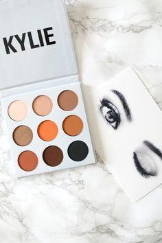 Kylie Cosmetics 'The Bronze Palette' - The World of Makeup Kylie Makeup, Makeup Goals, Kylie Jenner Makeup Products, Makeup Brands, Best Makeup Products, Maquillaje Kylie Jenner, Beauty Fotos, Make Up Marken, Bronze Makeup