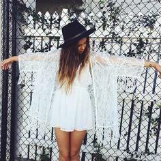 boho/white summer dress/lace kimono/hat