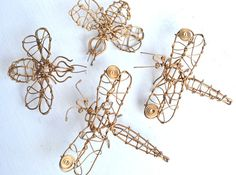 dragonflies and bees wire art