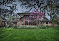 Isabel Roberts House :: Built 1908 in River Forest, Illinois :: Prairie Style, by Frank Lloyd Wright