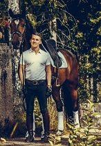 Katso mitä kouluratsastaja Ville Vaurio hankkisi joululahjaksi ratsastavalle tyttöystävälleen.