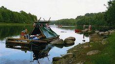 Tra laghi, fiumi e torrenti. A piedi, in bici o magari su una canoa e una zattera. Per chi ha capito che per apprezzare la vita all'aperto, bisogna