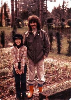 George and Dhani, omg this is priceless! Never seen before..